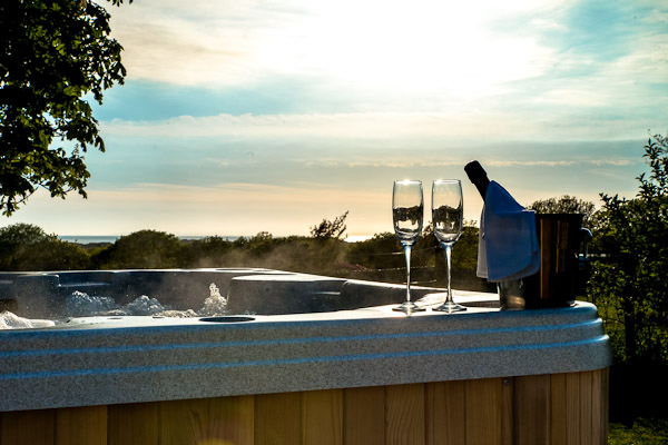 Hot Tub Self Catering Holiday Cottages