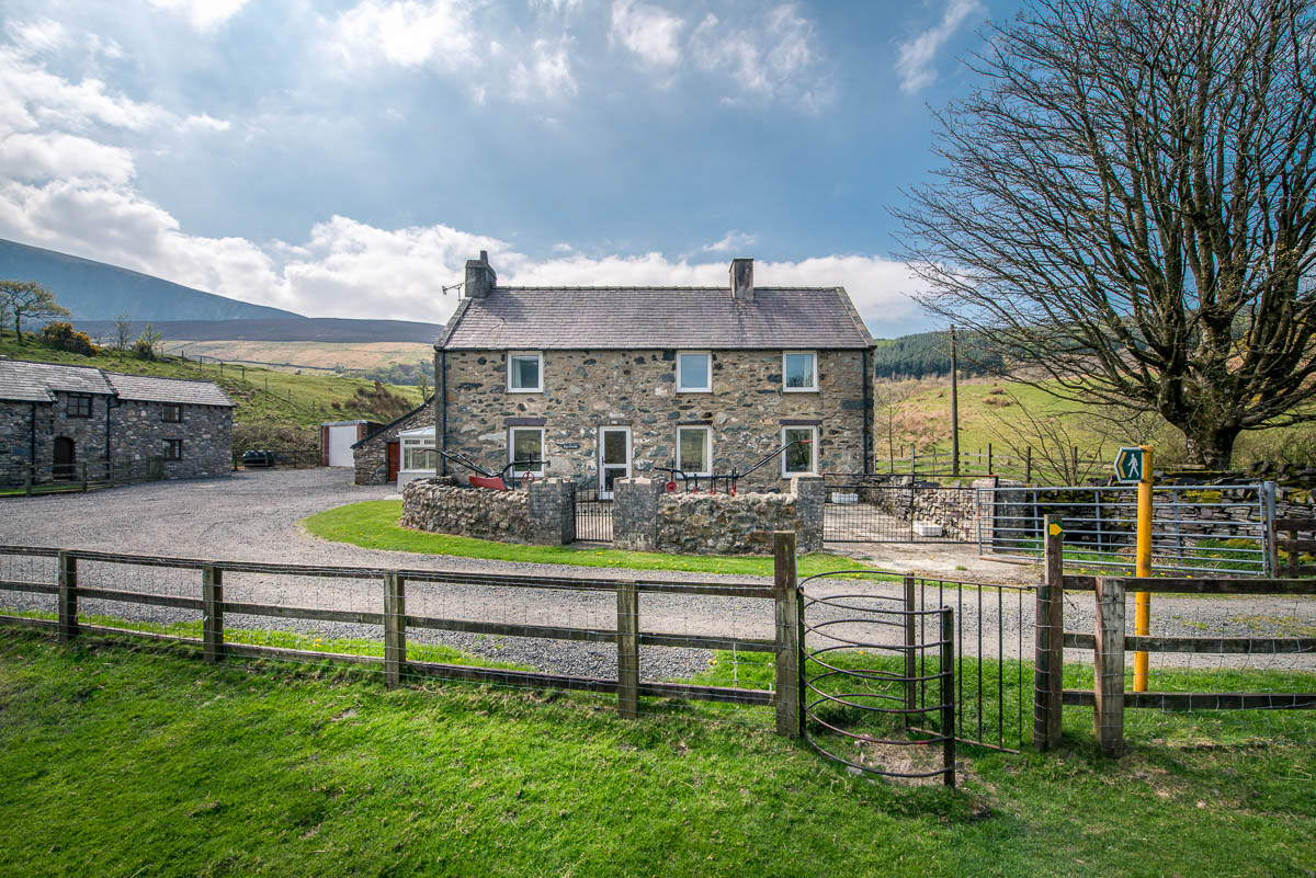 Large 5 Bedroom Holiday Cottage Near Snowdon | Ty-Coch