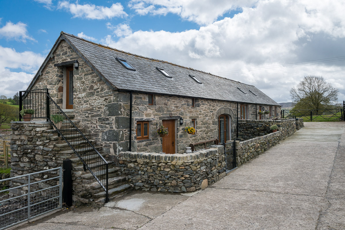 Farm Holiday Cottage Near Betws Y Coed | Stabal-Iwrch