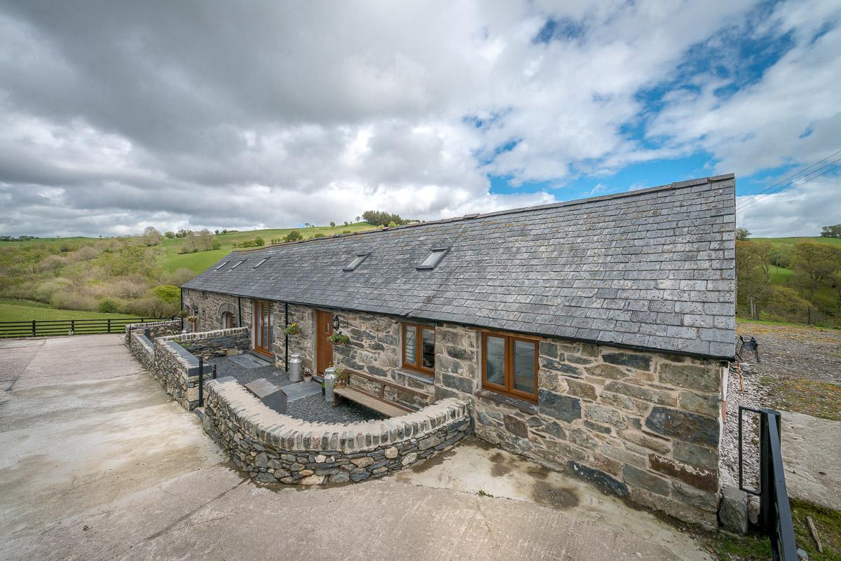 Farm Holiday Cottage near Betws Y Coed | Hafod-Iwrch