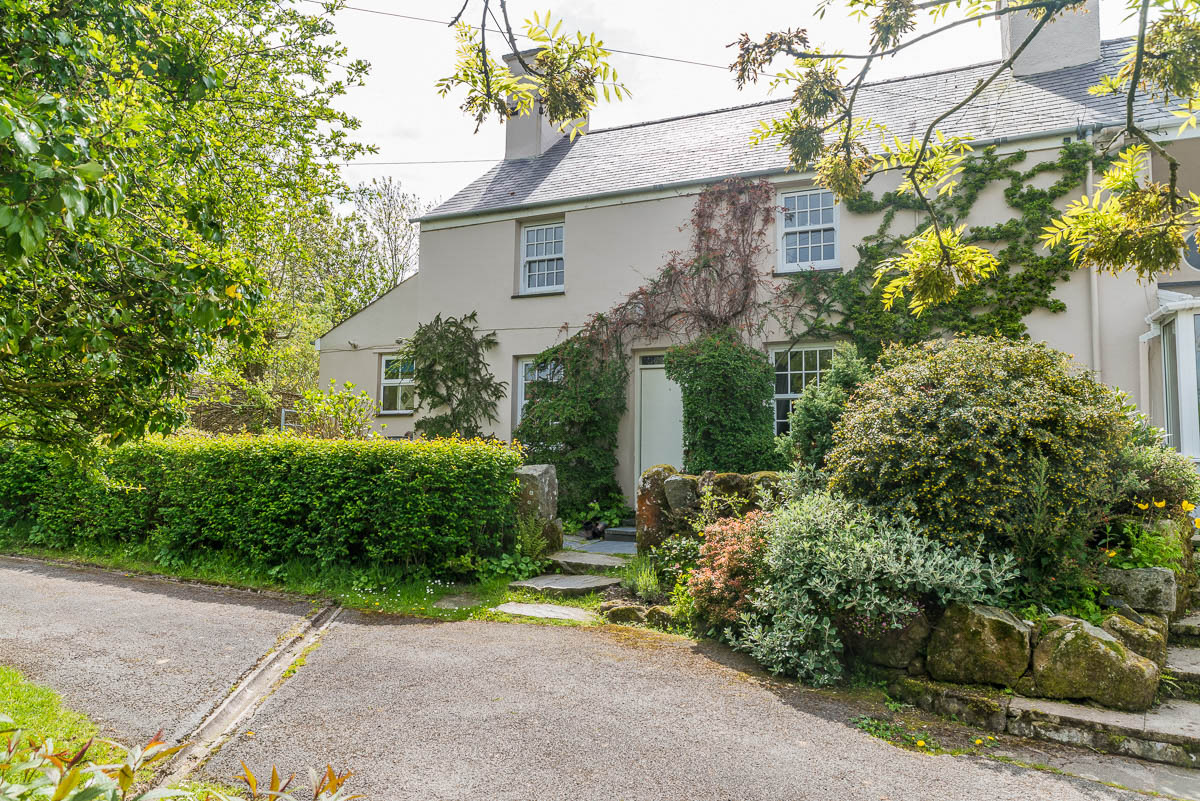 Holiday Accommodation For The Family | Pandy