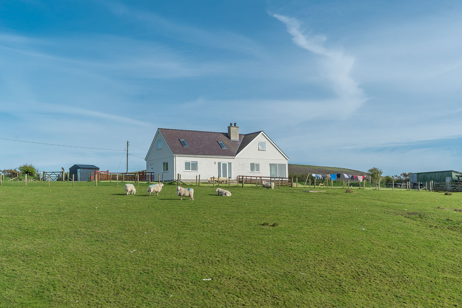Modern Three Bedroom Holiday Cottage Near Aberdaron | Bryndaron