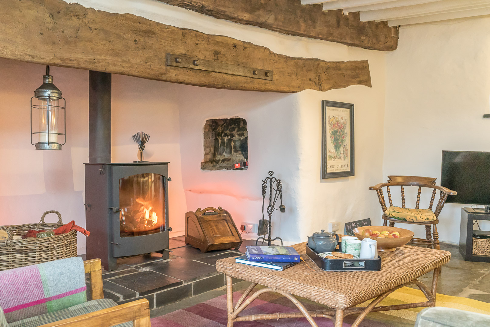 BEAUTIFUL HOLIDAY COTTAGE IN A REMOTE MOUNTAIN LOCATION | ABERGEIRW