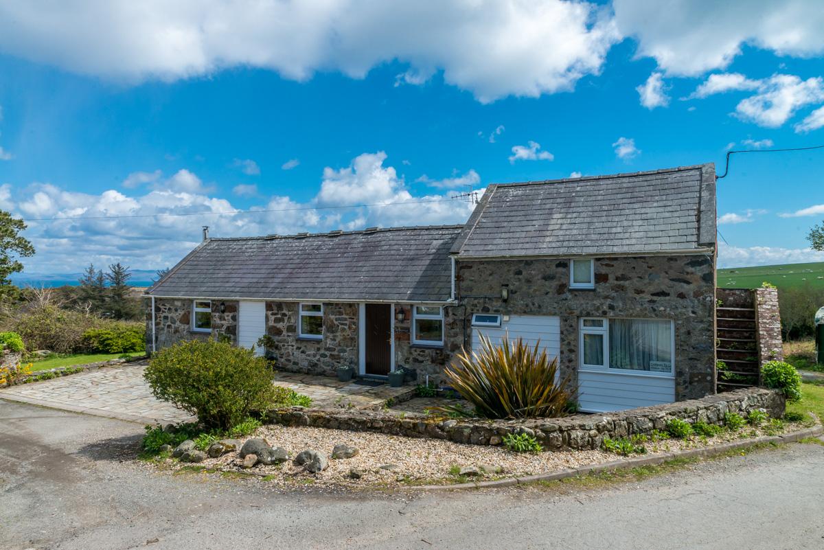 Cottage With Sea Views Near Abersoch | Bwlchtocyn