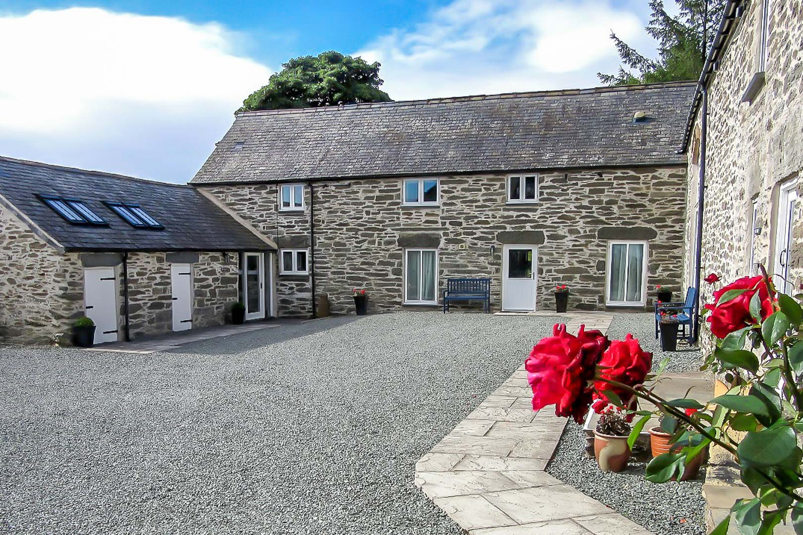 Three Bedroom Holiday Cottage In Rural North Wales | Tylluan-Wen