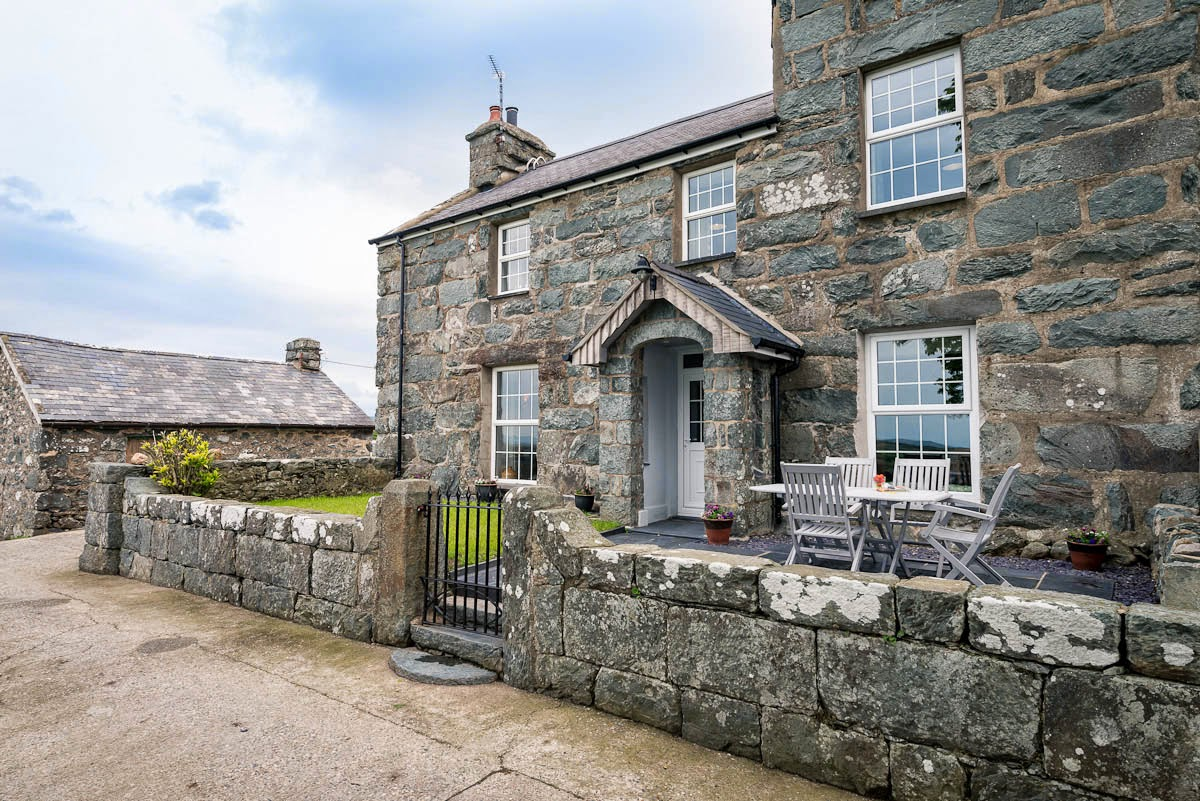 Luxurious Self Catering Accommodation on a Working Farm | Faeldre