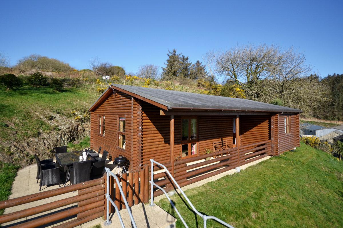 5 star log cabin with sea views in Abersoch   Gorwel-Soch