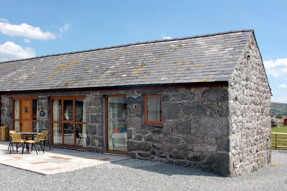 Romantic Self Catering Cottage in Dyffryn Ardudwy   Laundry-Cottage