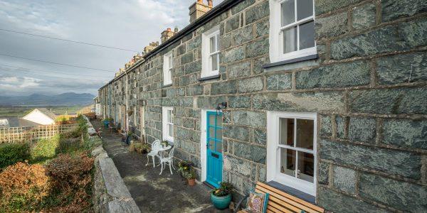 Llanfair-Cottage