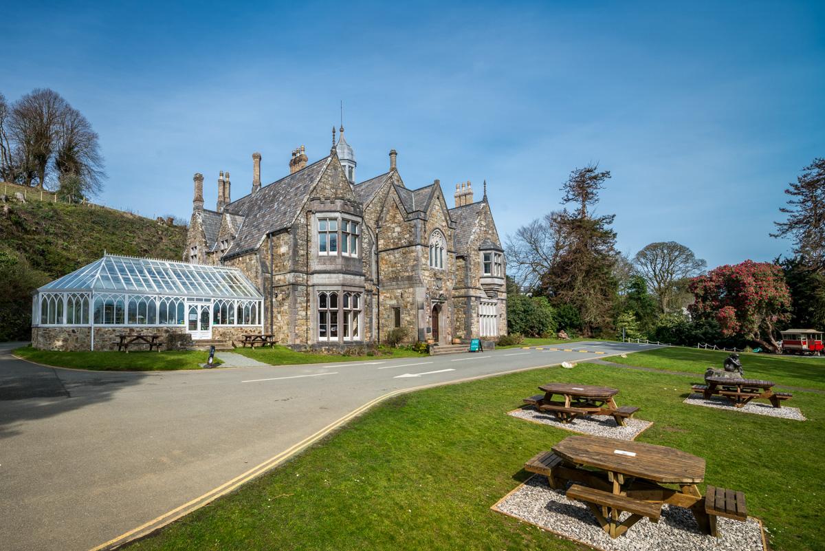 Gothic Styled Mansion Near The Beach in Llanbedrog | Glyn-Y-Weddw
