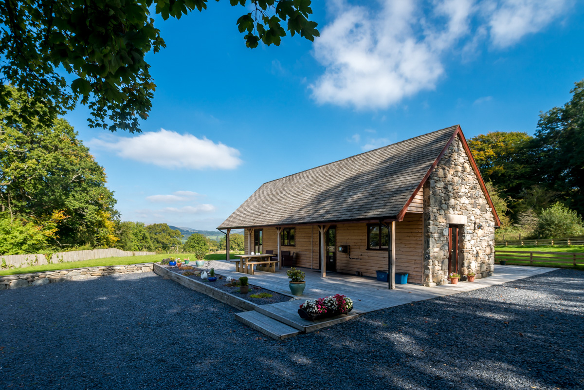 Contemporary Holiday Cottage With Panoramic Views Over Bala | Rhos-Y-Gwaliau
