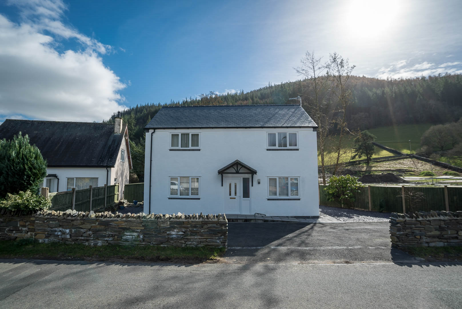 Three Bedroom Holiday Cottage in Betws-Y-Coed | Hendre-Wen