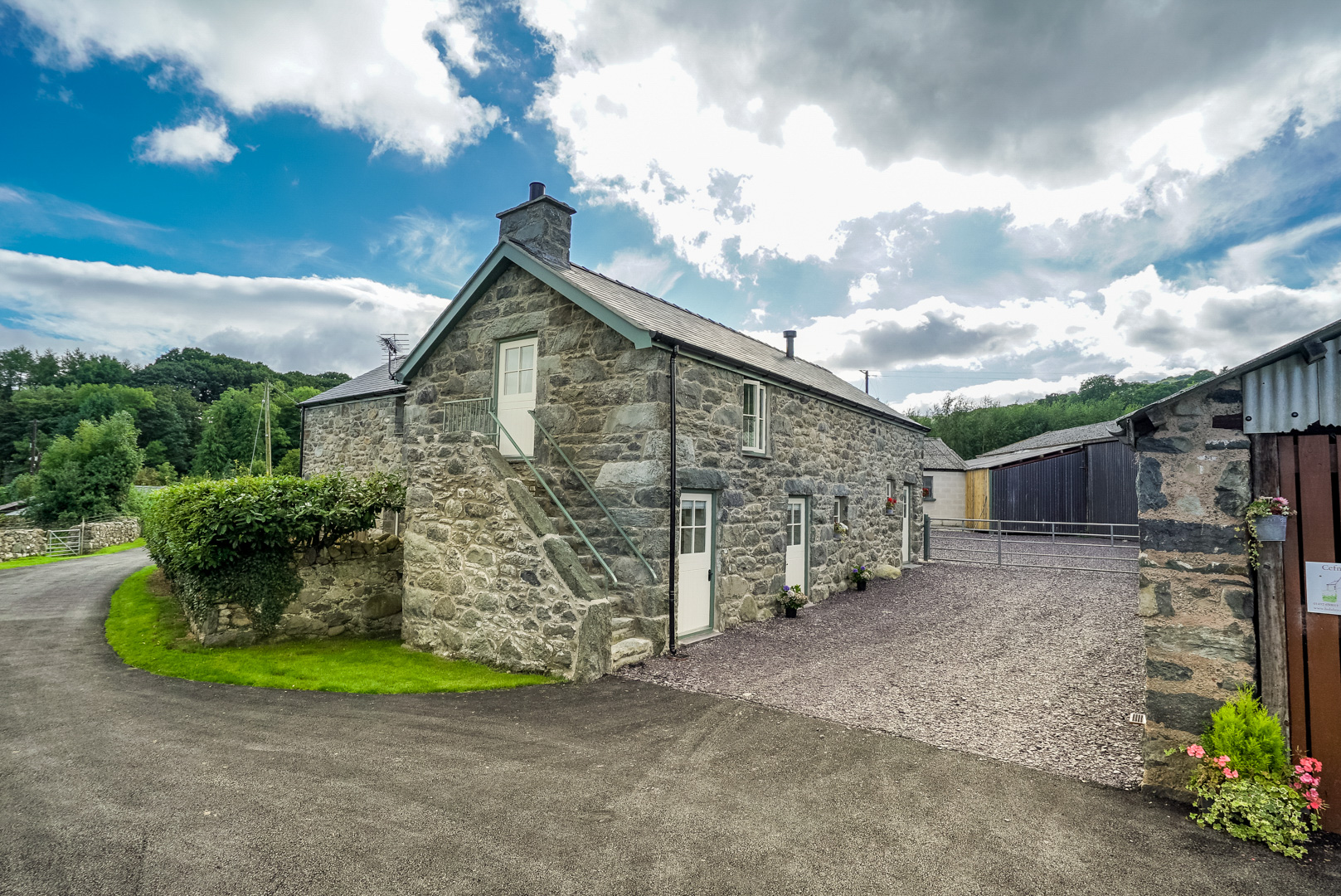 Two Bedroom Family Holiday Cottage Near Conwy | Cae-Isaf