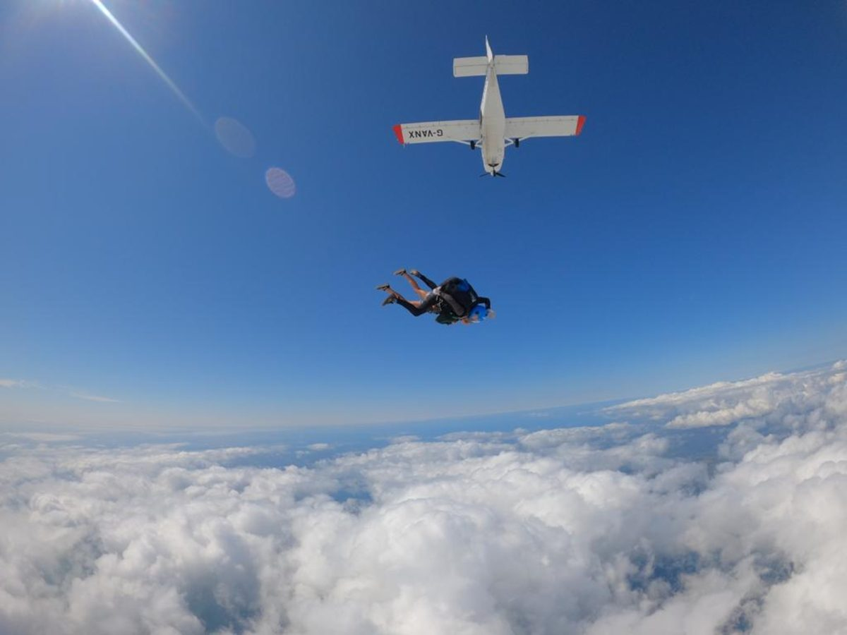 A freefall experience over Eryri with Skydiving Snowdonia